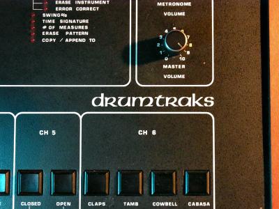 Drumtraks_logo